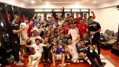 عکس دیده نشده از تیم ملی بعد از برد در رختکن