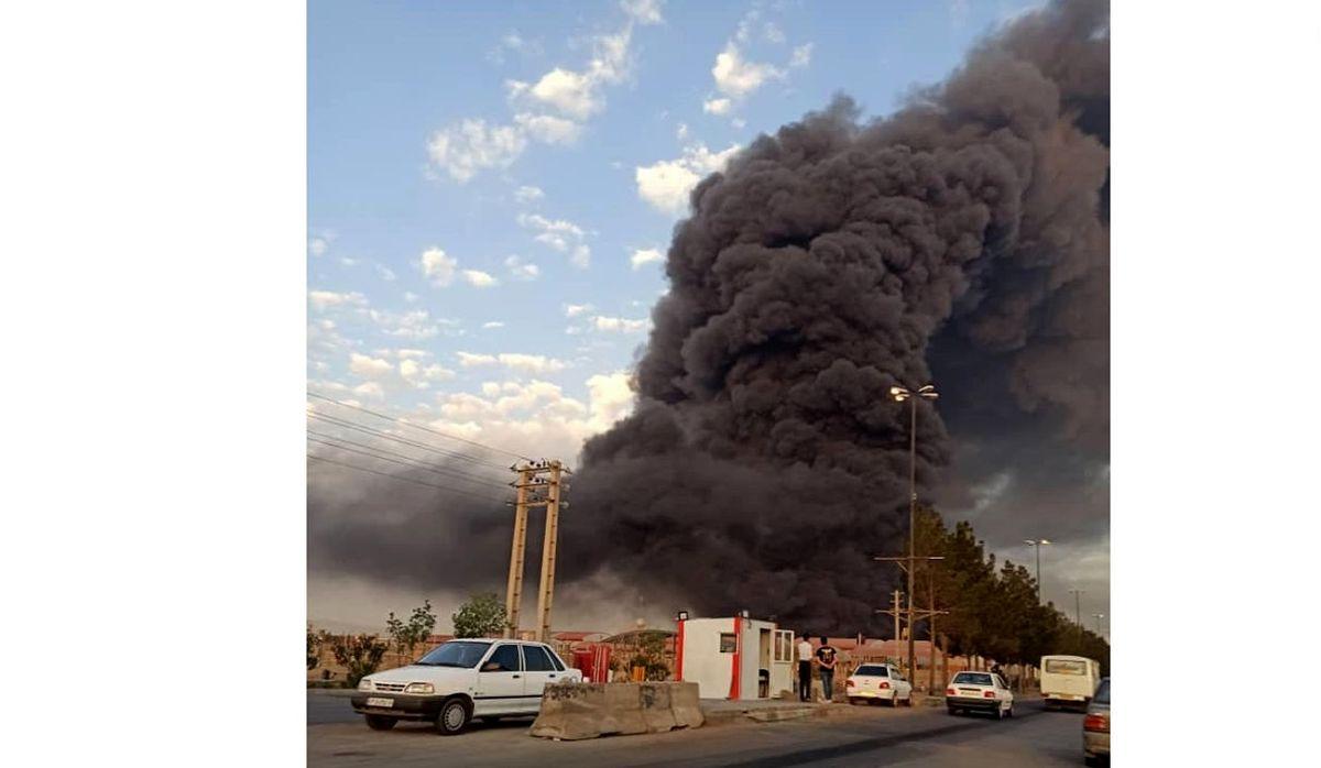 لحظه وحشتناک آتشسوزی  در کارخانه الکل قم+فیلم لو رفته