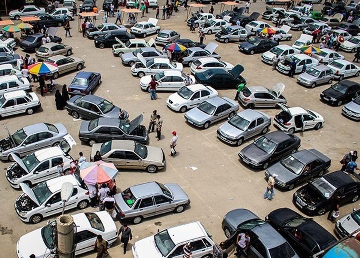 نوسان قیمت خودرو در ایران همه را سردرگم کرد+جدول قیمت