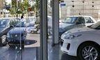 مشتریان خودرو دست نگه داشتند/قیمت خودرو در دوم آبان۱۴۰۰