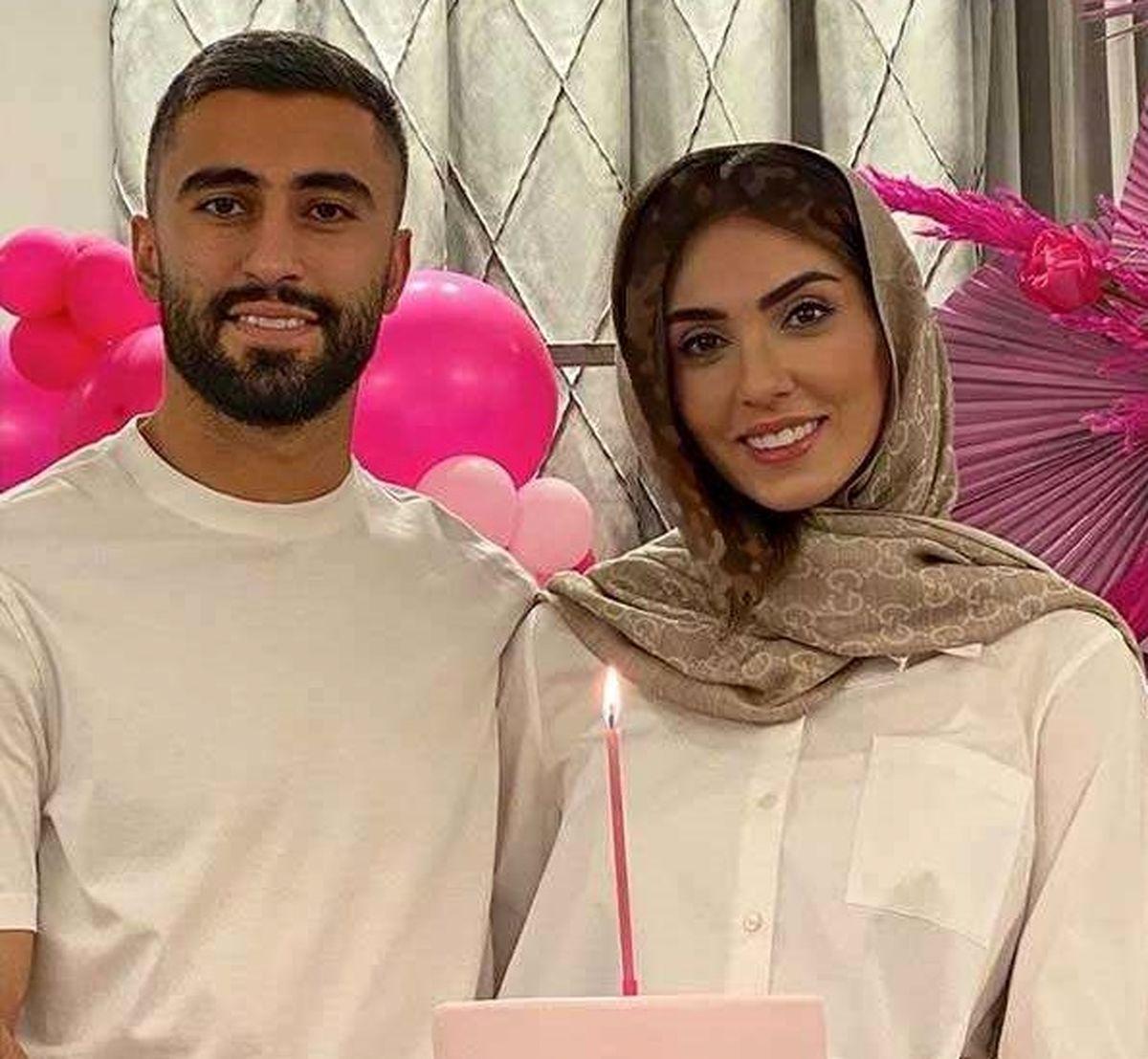 عکس دیده نشده کاوه رضایی فوتبالیست معروف و همسرش