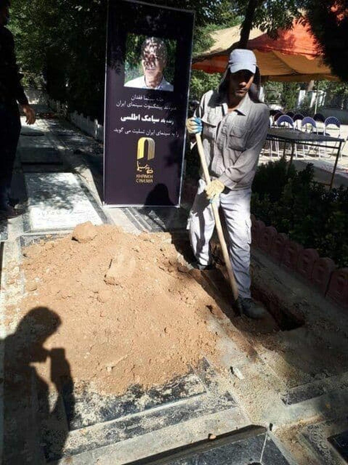 محل دفن بازیگر مختارنامه در بهشت زهرا+عکس