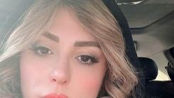 فخر فروشی نیوشا ضیغمی با ماشین سانروف میلیاردی اش+عکس
