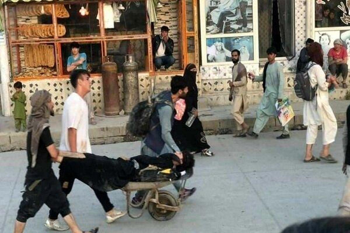 چند نفر بر اثر انتحاری در کابل جان دادند؟